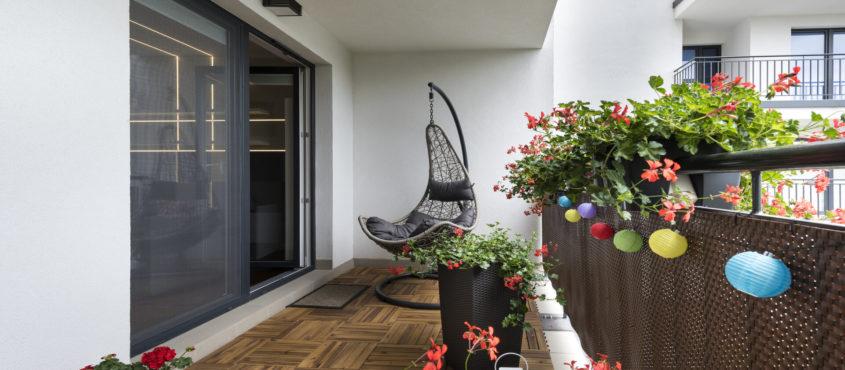 Comment décorer son balcon avec des fleurs